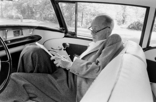 Book Dunce: Lolita: by Vladimir Nabokov