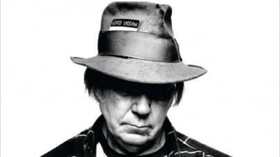 Waging Heavy Peace: by Neil Young
