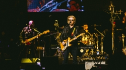 Concert Review: Hall and Oates/Tears for Fears