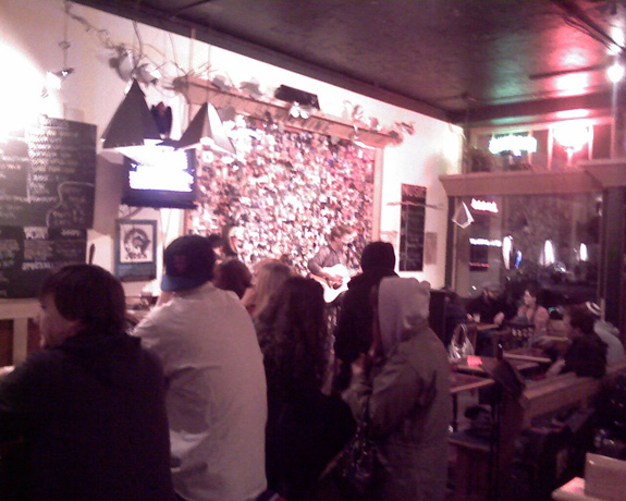 Hopvine Pub: Seattle, WA