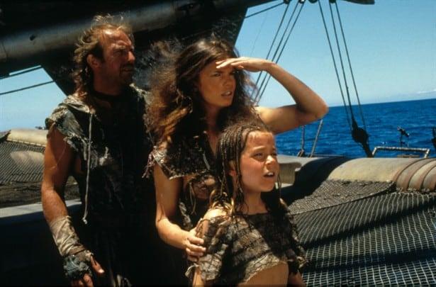 Waterworld - Kevin Costner, Jeanne Tripplehorn and Tina Majorino