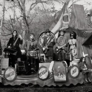 raconteurs-consolers_of_the_lonely