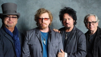 Concert Review: Toto