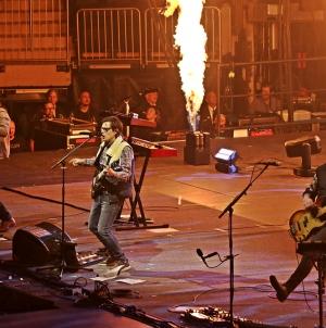 Concert Review: Weezer/Pixies