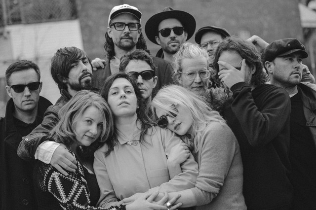 Concert Review: Broken Social Scene/Helio Sequence